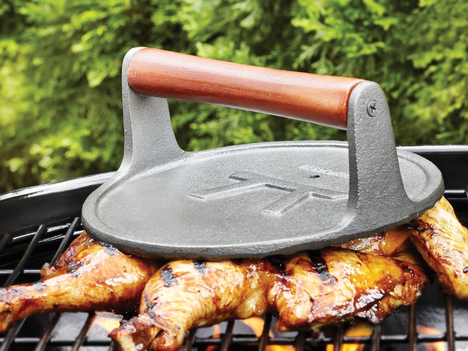 how to use a grill press